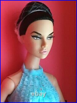 FR Integrity LOVE IS BLUE POPPY PARKER 2019 Convention Exclusive NRFB CENTERPIEC