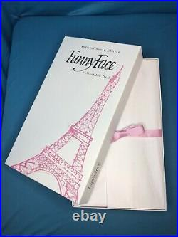 Integrity FR Convention A WOMAN WHO THINKS Dovima Funny Face Giftset