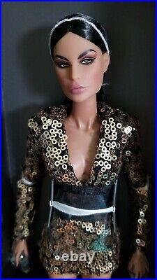 Integrity Toys Fashion Royalty Billion Dollar Baddie Luna NU. Face Dressed Doll
