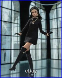 Integrity Toys Poppy Parker Mad for Milan The Model Traveler Dressed Doll NRFB