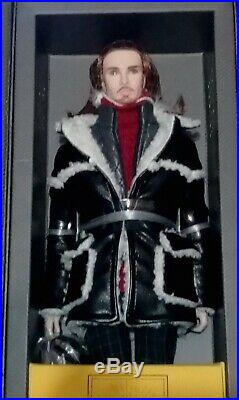 Layers of a Man Romain Perrin NRFB Monarchs Hommes Doll Convention Exclusive
