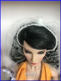 MIB Elyse Elise On The rise doll 2014 Integrity Toys Fashion Royalty