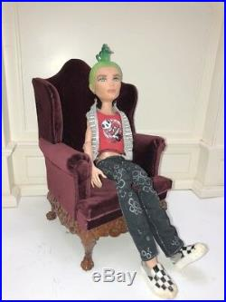 Playscale 1/6 scale doll chair for doll Barbie Fashion Royalty Blythe Icy BJD