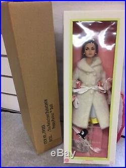 Reluctant Debutante Poppy Parker Integrity Toys 12 Doll Mib